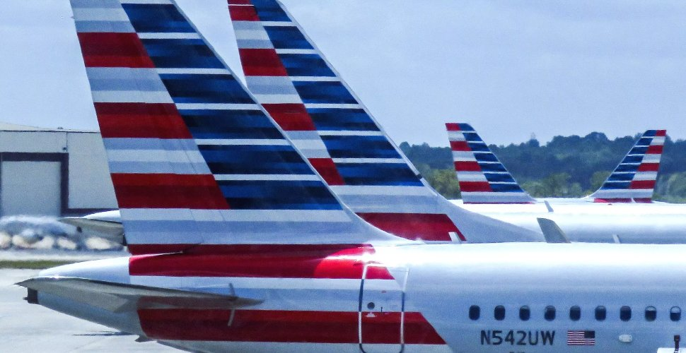 American Airlines' Flights lining up