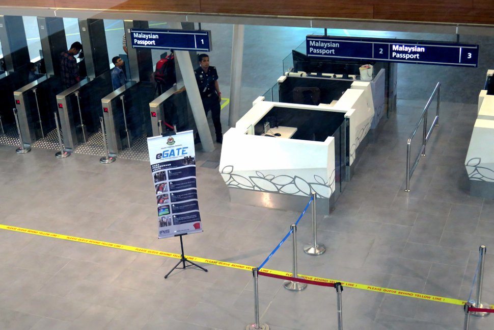 Immigration counters at klia2 for Malaysian passport holders