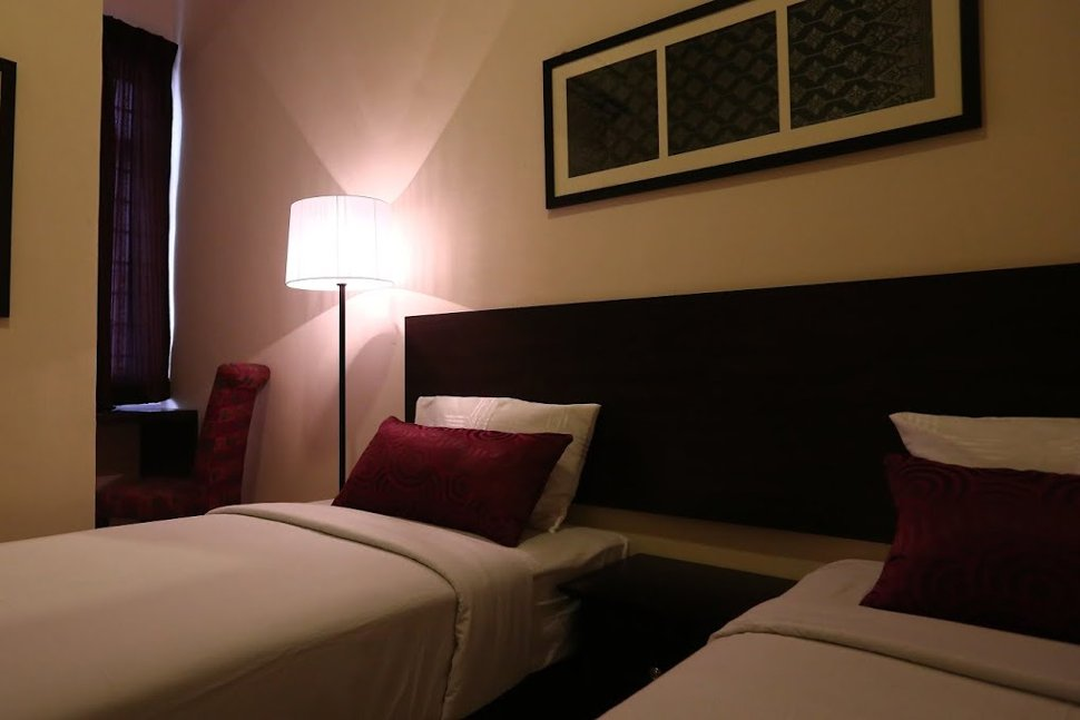 Twin deluxe room at Hotel Seri Raha