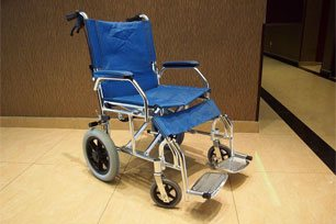 Wheel chair, Sri Packers Hotel