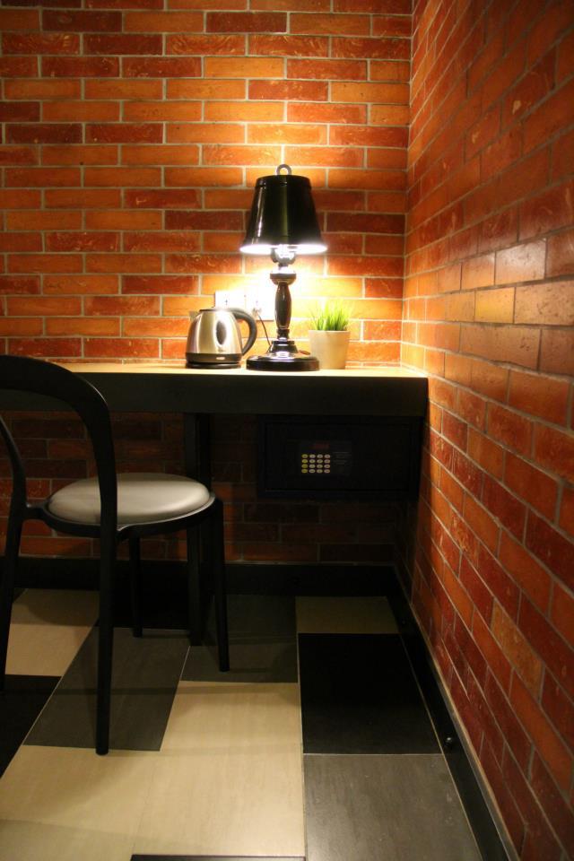 Bary Inn, budget hotel near KLIA / klia2, room rate from RM130