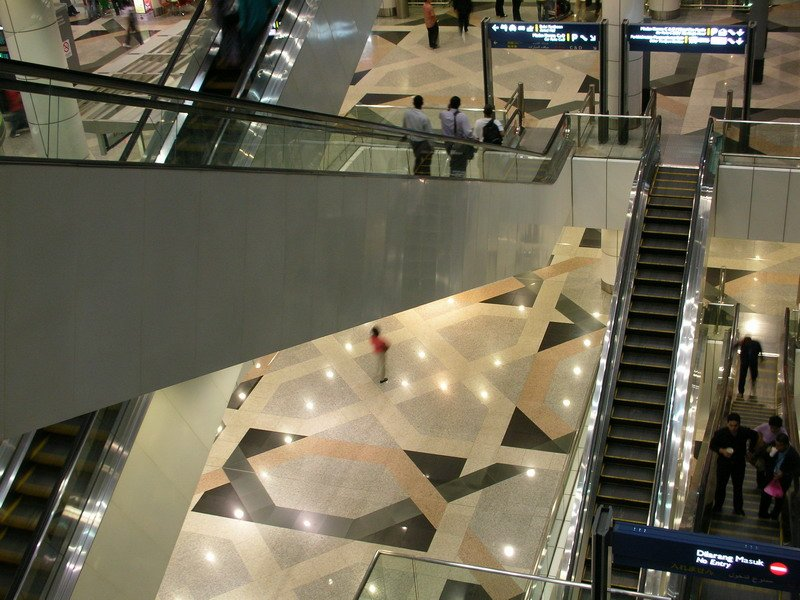 Escalators for floor access between level 5 and level 3