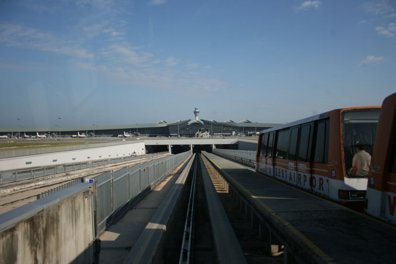 Aerotrain tracks at KLIA
