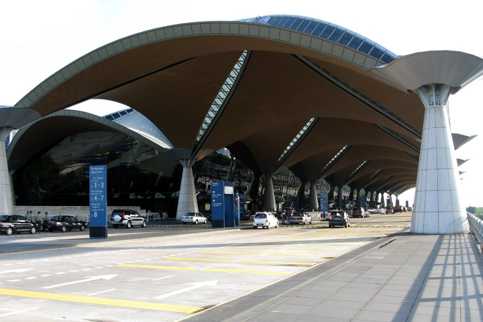 Departure drop-off area at KLIA Main Terminal Building