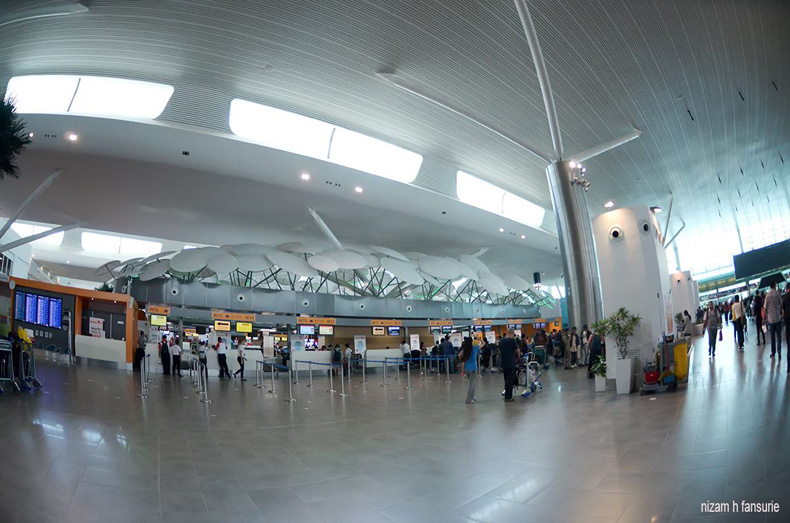 Departure Hall, Photo by Nizam Hakim