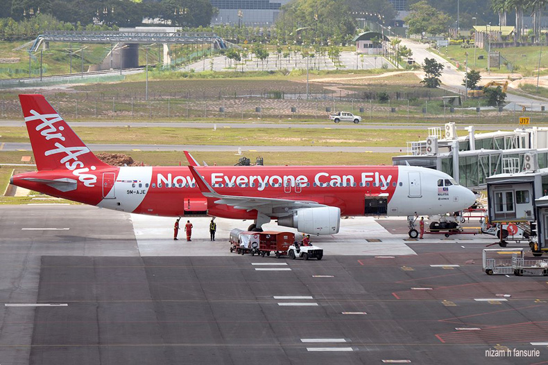 AirAsia's flight, Photo by Nizam Hakim