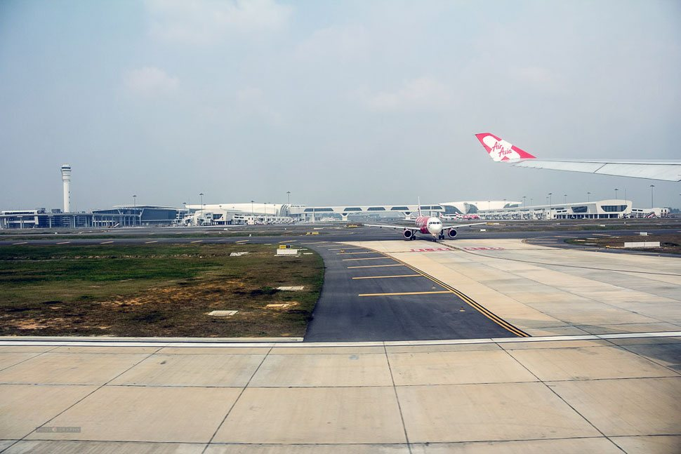 Flights arriving at the klia2