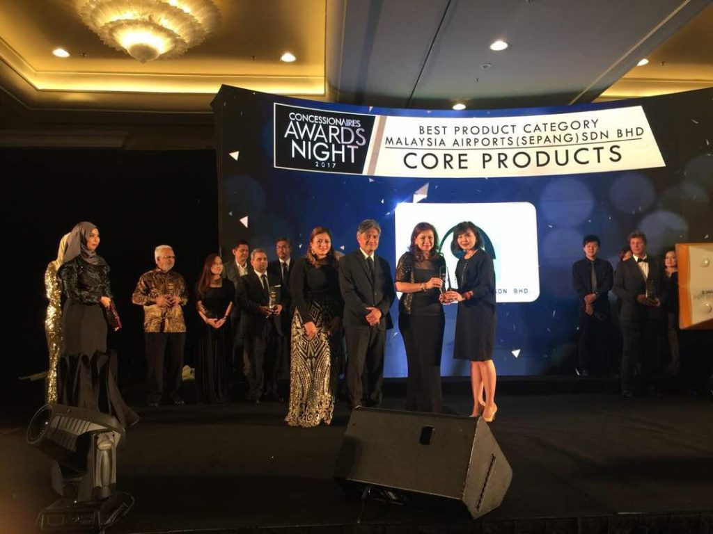 Dimensi Ekslusif scooped two of the big awards, among them for Best Core Category, represented by the retailer's P&C business at KLIA