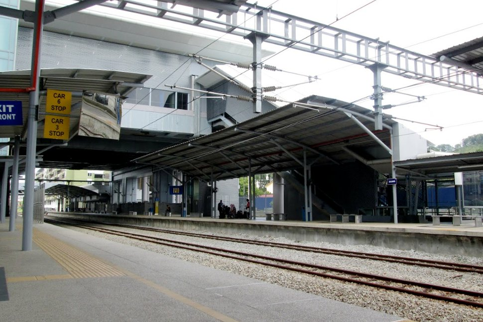 Boarding platforms at Kajang KTM station