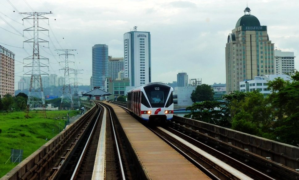 LRT train on the Kelana Jaya Line