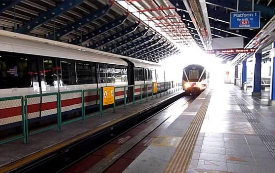 LRT Train along the Kelan Jaya Line LRT