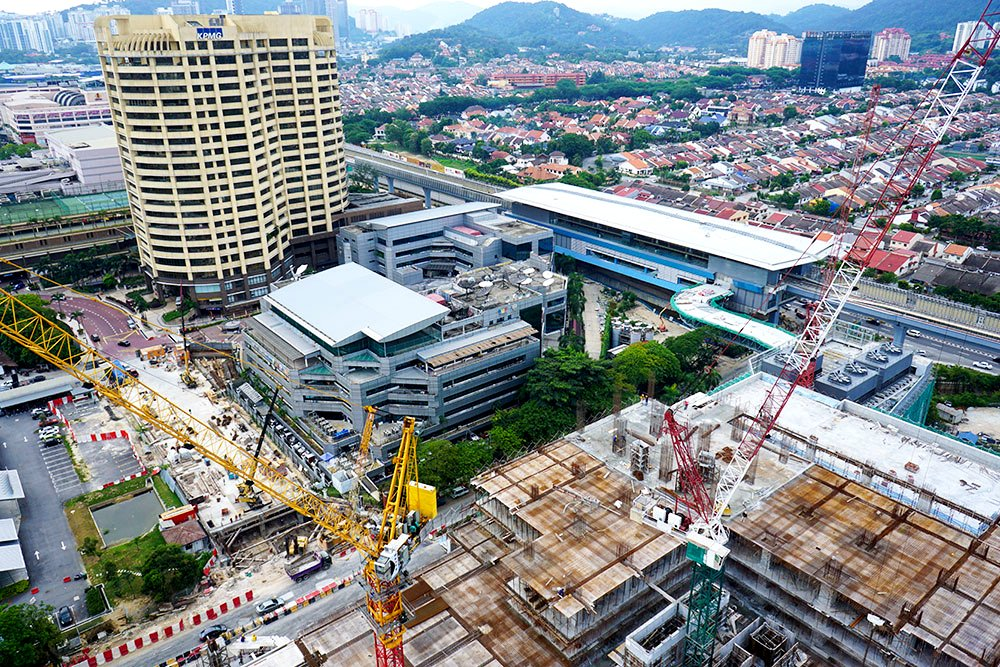 Pictures of Bandar Utama MRT Station during construction