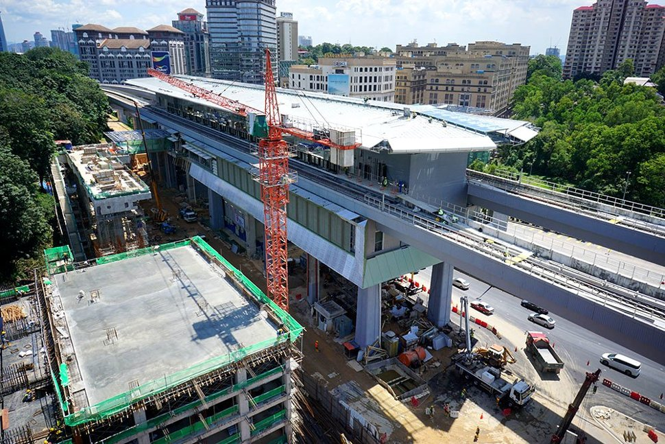 Construction at the Phileo Damansara Station in progress. (Jan 2016)