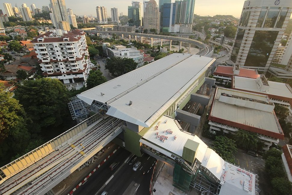 Evening aerial view of the Semantan Station. (Jun 2016)