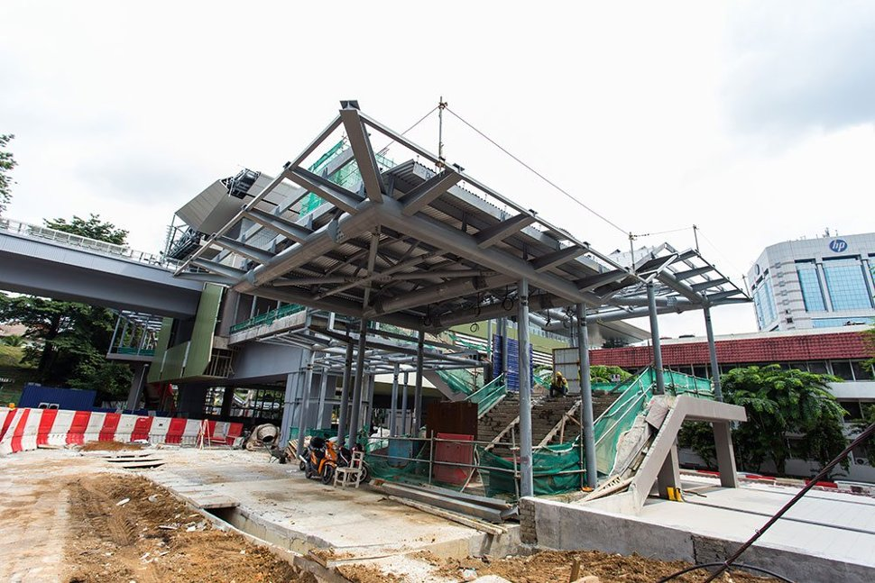 Entrance 2 of the Semantan Station under construction. (May 2016)