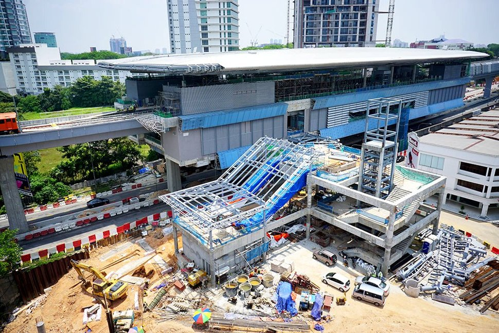 Entrances structure works in progress at the Entrance A of Taman Tun Dr Ismail Station. (Apr 2016)