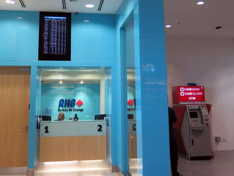RHB Bank Currency Exchange Counter at klia2