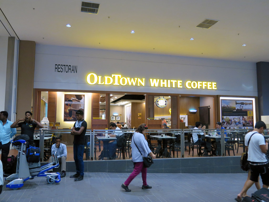 oldtown white coffee This branch really has staff shortage problem, it will take century b4 a worker will attend you with order then come the century waiting for the food again last another long wait to get your bill.
