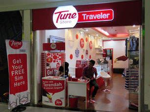 Tune Store, Level 2, Gateway@KLIA2