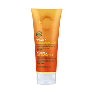 Vitamin C Facial Cleansing Polish - The Body Shop