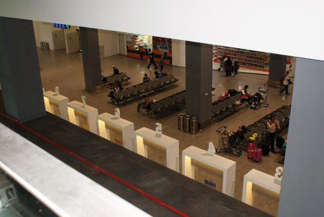 A glimpse of Level 1 from floor above