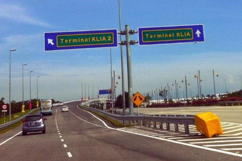 Turn left to go to klia2