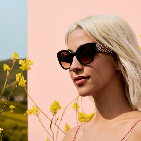 Flaunt your femininity. Get a new perspective in standout Burberry sunglasses