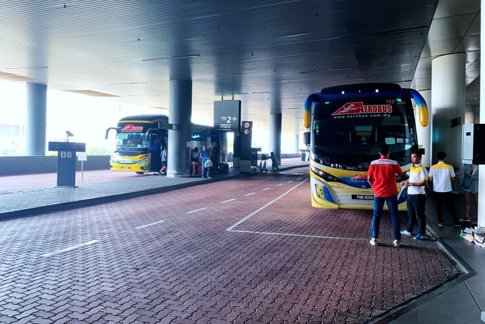 Bus parking / waiting bays at level 1 of Gateway@klia2 mall