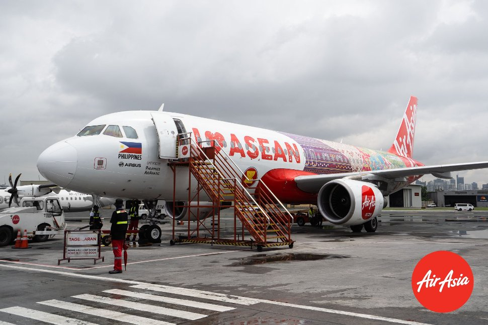 New AirAsia's flight with ASEAN theme