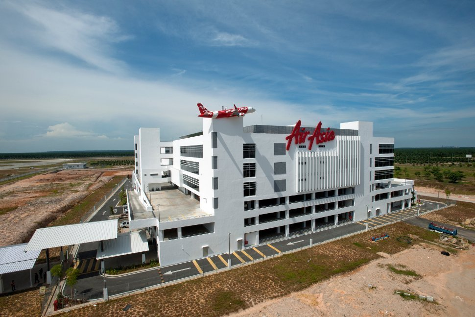 External View of AirAsia RedQ