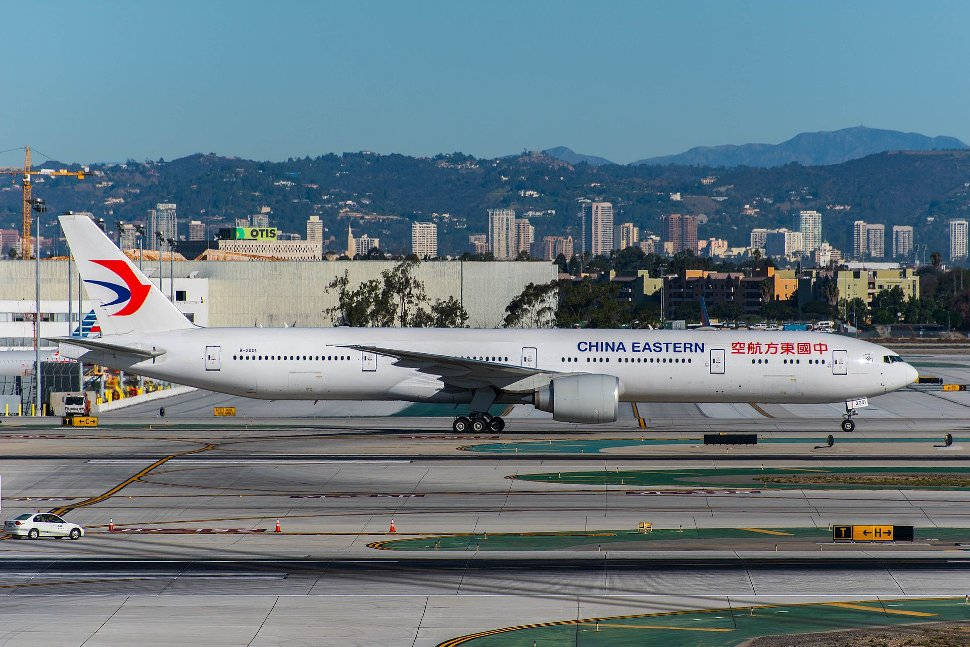 A China Eastern Airlines Boeing 777-300ER at Los Angeles International Airport