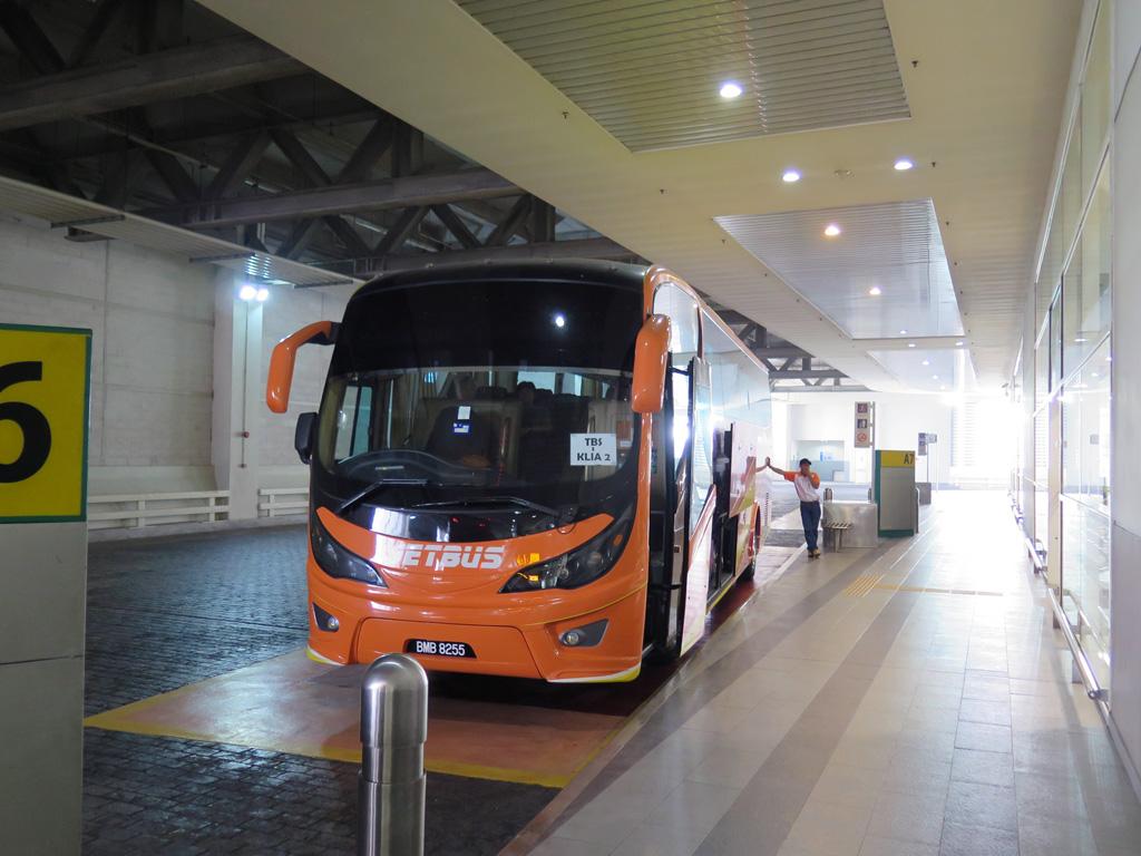 Jetbus Shuttle Buses From Klia2 To Terminal Bersepadu