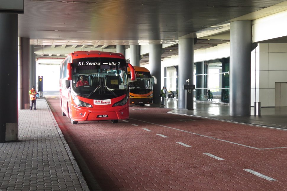 Skybus and Yoyo bus at the klia2 Transportation Hub