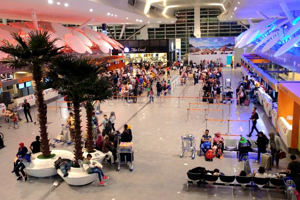 Departure Hall at the klia2