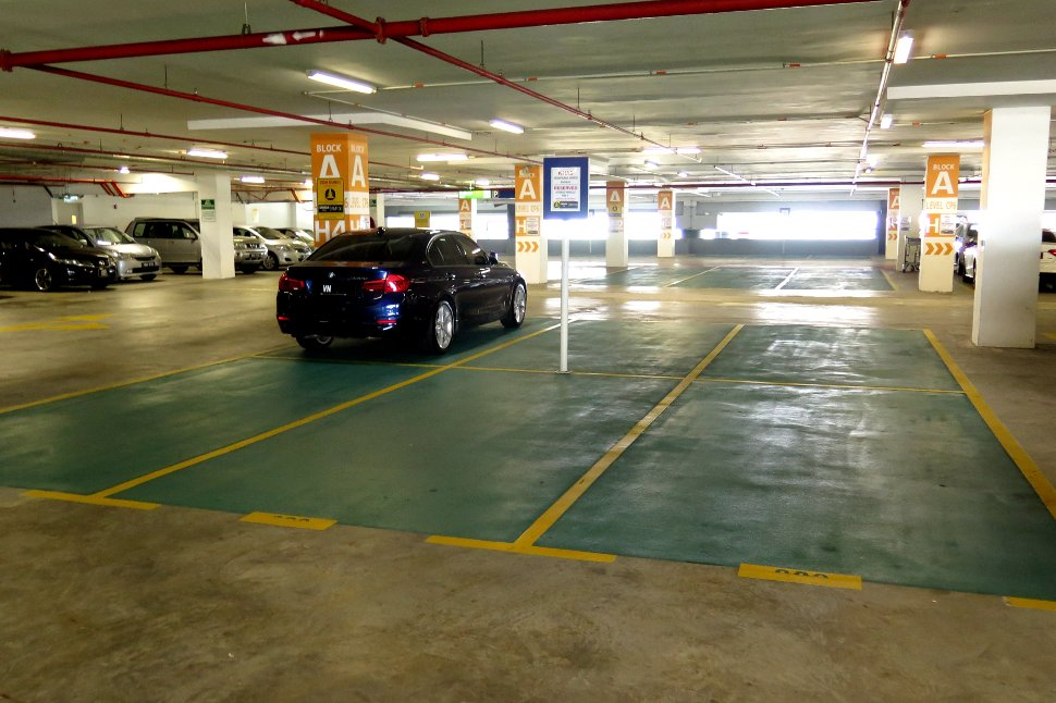 Hybrid parking bays at block A