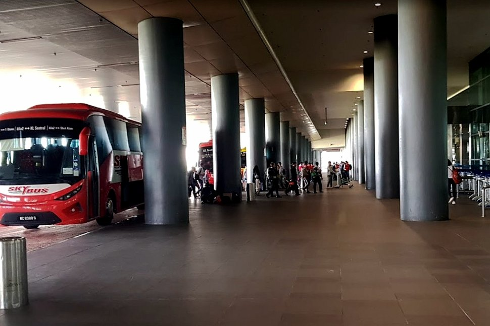 Skybus waiting at the boarding platforms