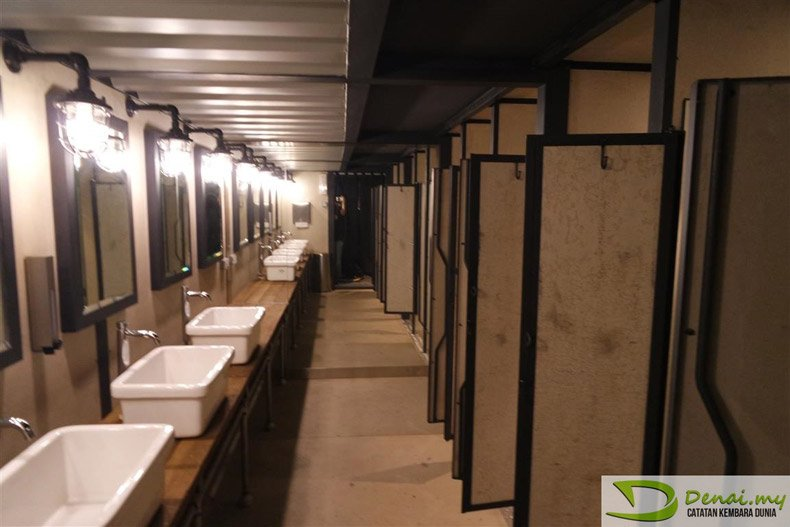 Spacious and clean washrooms
