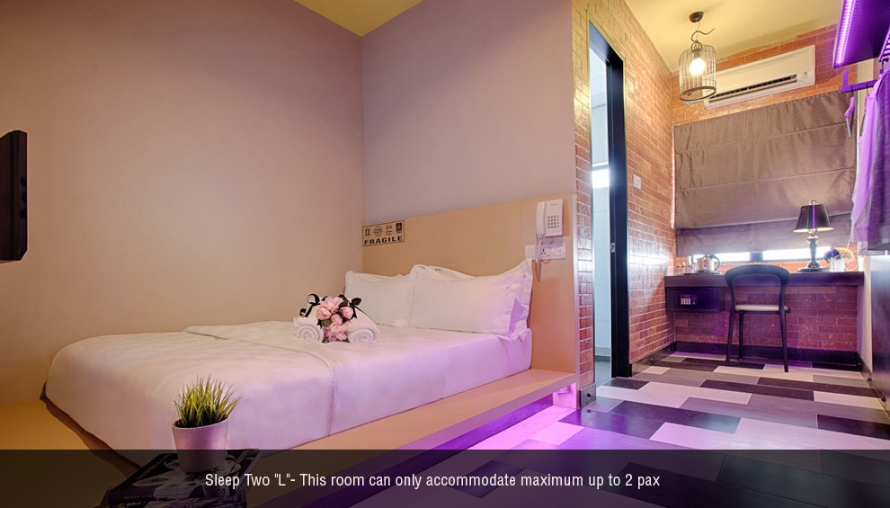 Sleep 2 L Room