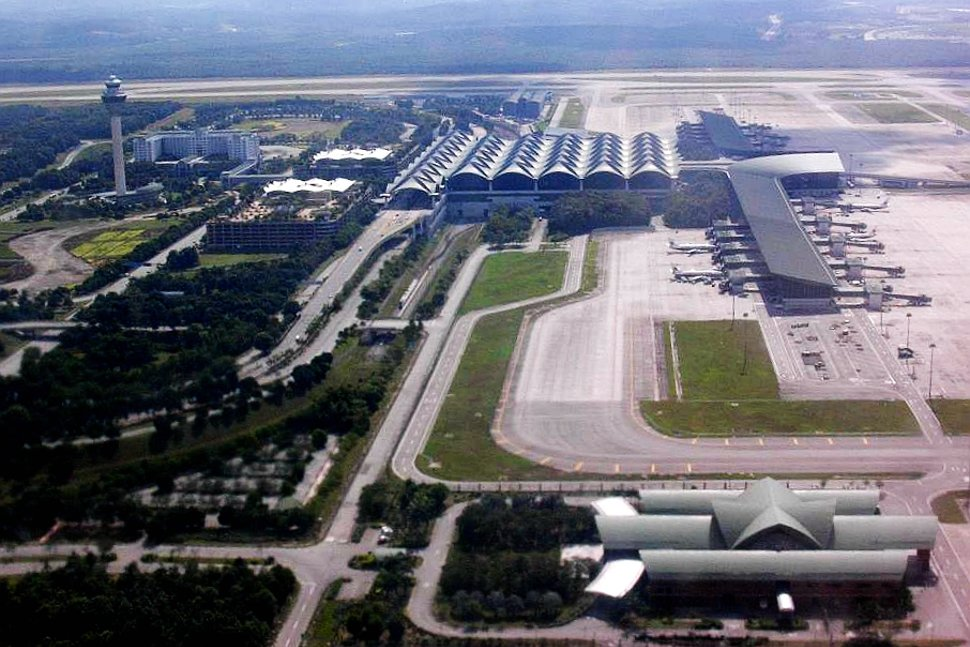 Aerial view of KLIA Main Terminal Building and Contact Pier