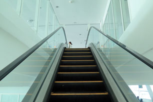 Escalator to the Skybridge on Level 3
