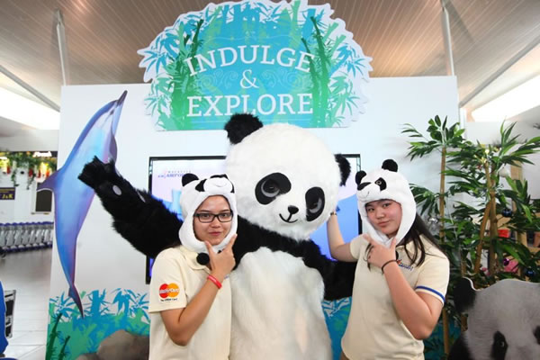 "Shoppers have the chance to win ""the prize of a lifetime"" and become a panda volunteer during a six-day expedition"