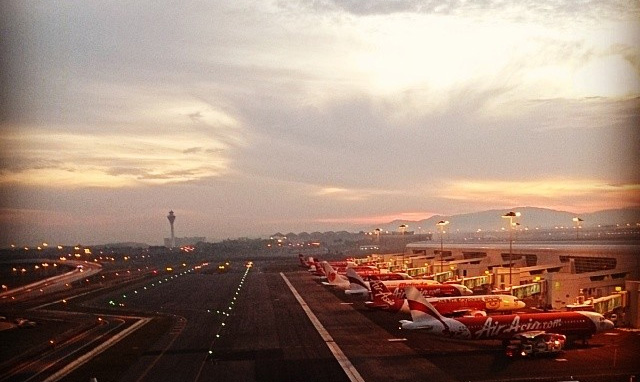 AirAsia's flight from Ho Chi Minh is first to touch down klia2