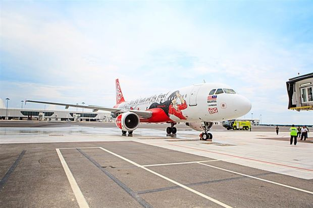 Epic touchdown: The BIG plane made history when it became the first AirAsia plane to land in klia2.