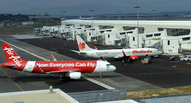 AirAsia's agreement on the passenger service charge with Malaysia Airports Holdings Bhd will result in MAHB losing hundreds of millions of ringgit in revenue.