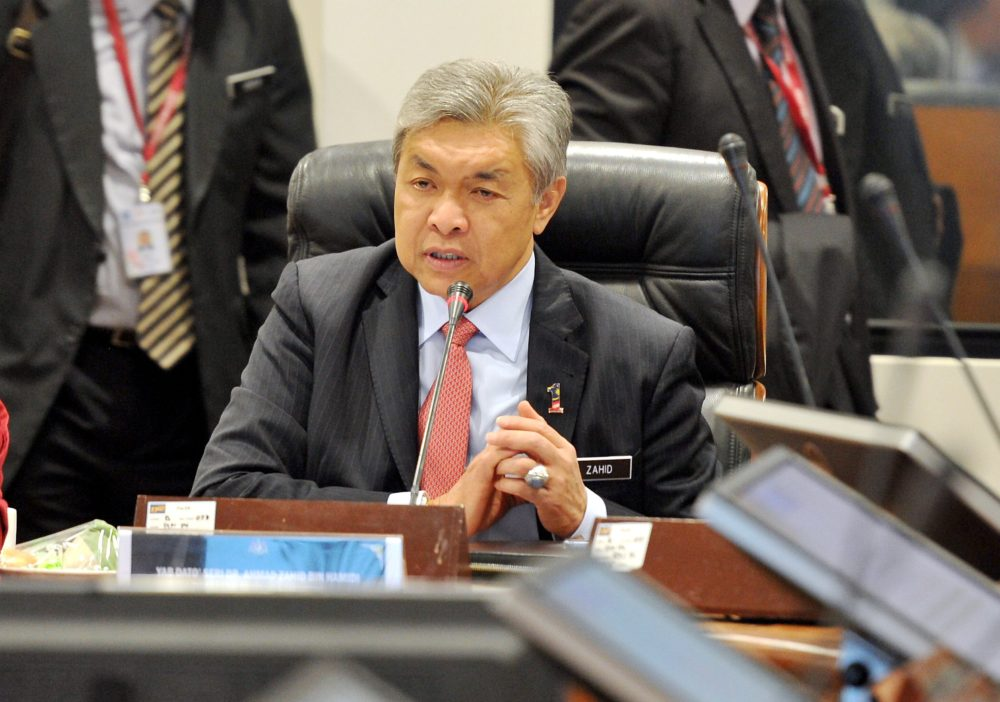 Zahid speaking at the Dewan Rakyat today. Bernama Photo