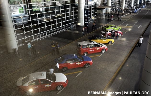 Taxis at KLIA