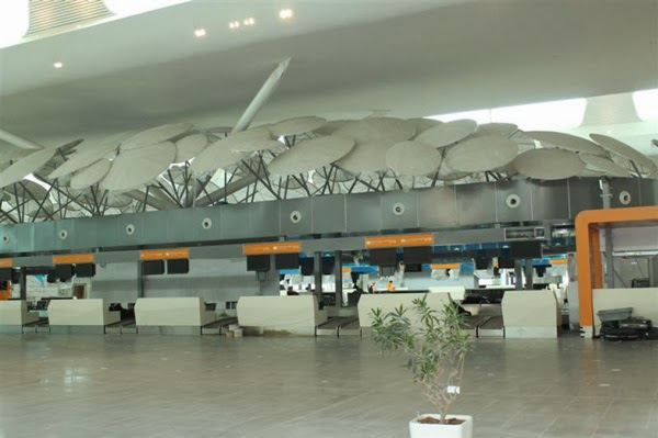klia2, check-in counters