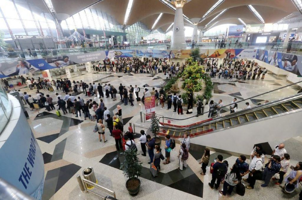 There are currently 1,500 immigration officials at both KLIA and klia2 airports, but more needs to be done to relieve congestion at the checkpoints, says Malaysia's Tourism Promotion Board chief. New Straits Times file photo