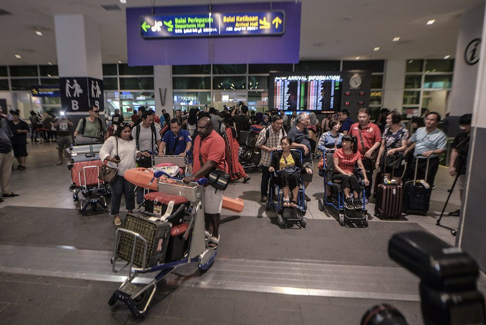 Some of the Malaysian victims of the Lombok earthquake arrive at klia2 in Sepang March 19, 2019. — Picture by Shafwan Zaidon