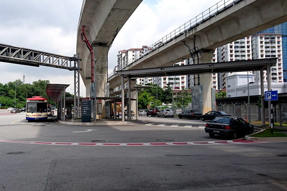 Shuttle bus available near Awan Besar LRT station